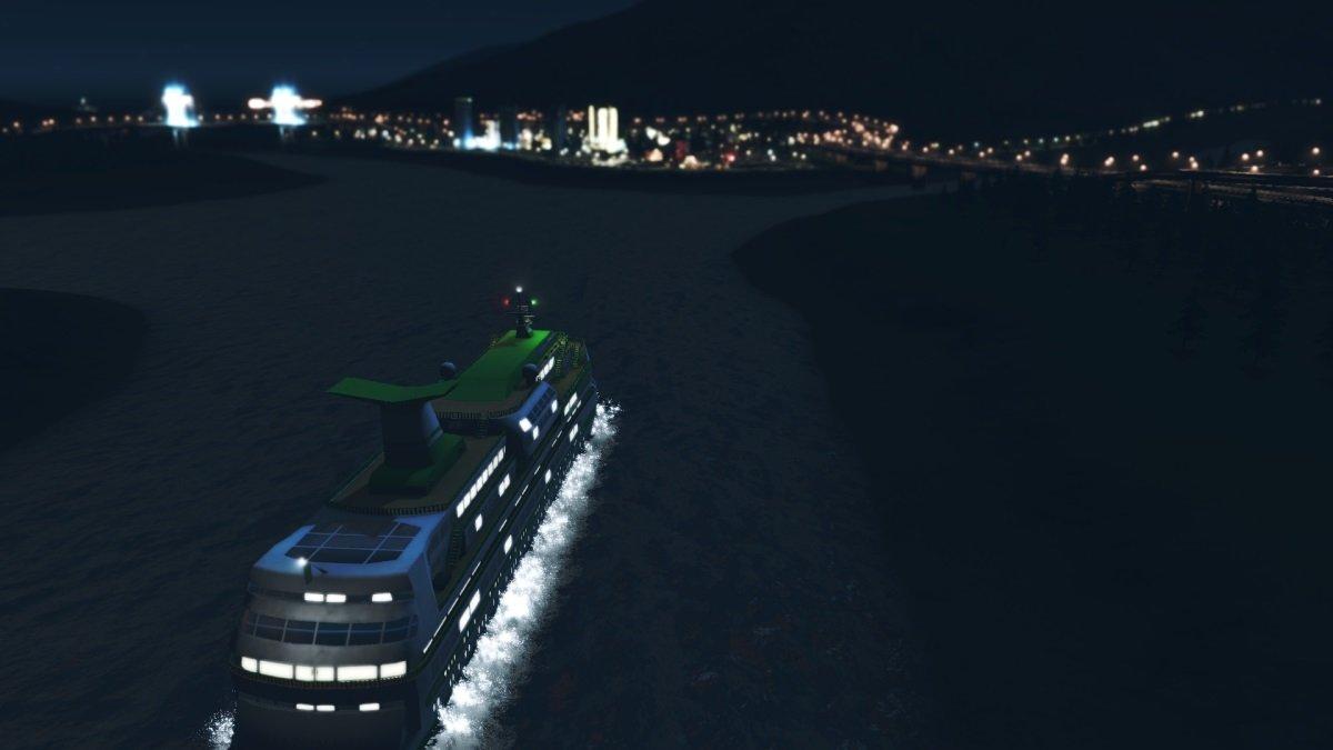 CruiseShip.thumb.jpg.42ead71ba3aa452c7ee