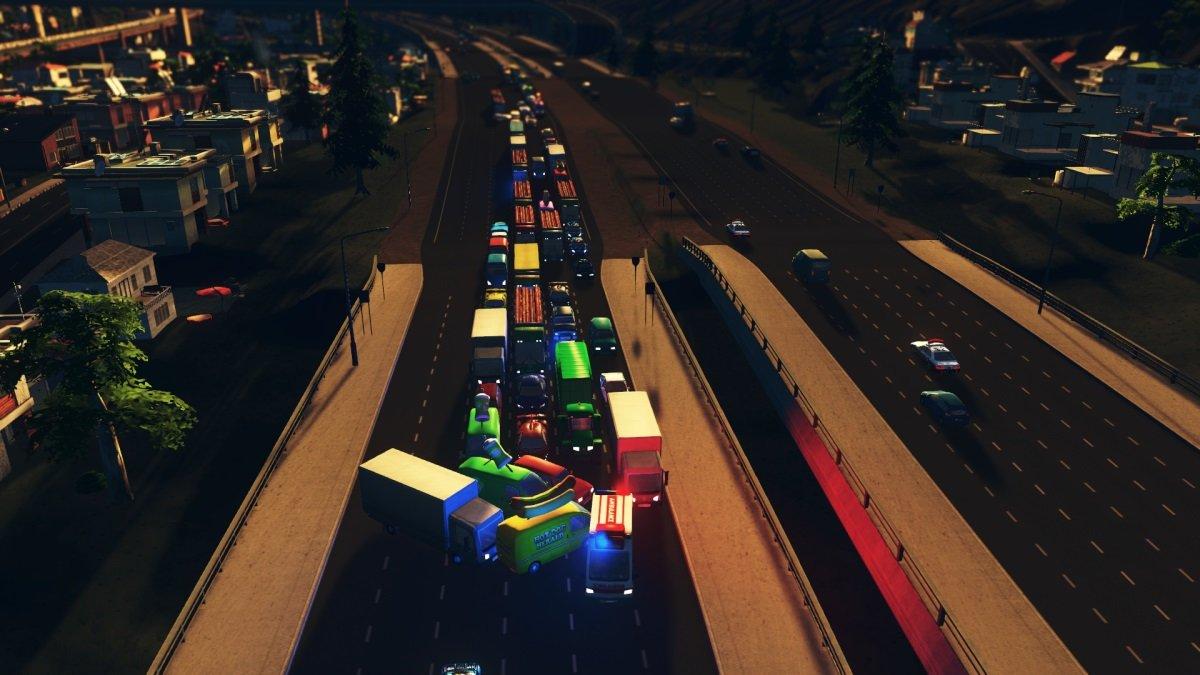 TrafficPileUp.thumb.jpg.1134aaa0b08dab9c