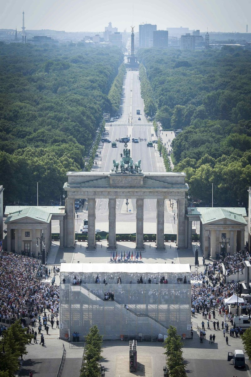 REU-GERMANY2.jpg